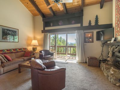 Photo for Dates open! POOL AND TENNIS! 5 mins from Tahoe City