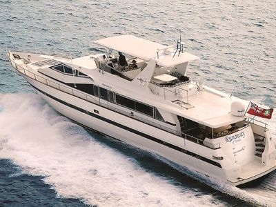 Photo for Runaway In The Caribbean! All-Inclusive Luxury 82' Crewed Motor Yacht