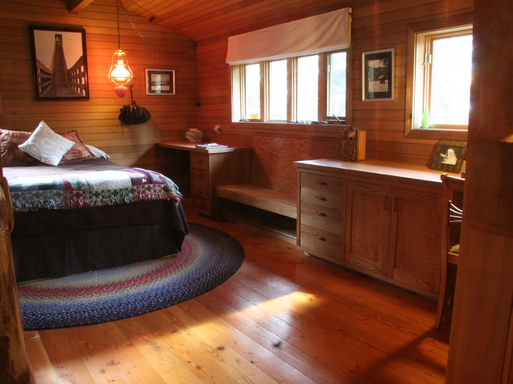 Property Image#3 Secluded Orcas Island Cabin