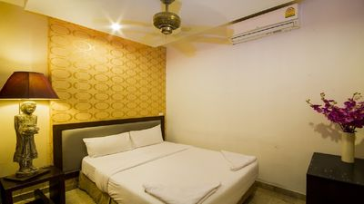 Photo for Pratumanak 10 Bedroom Sleeps 20 by HVT