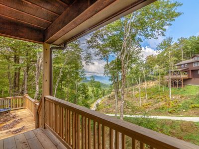 Photo for Charming 2BR Newly-Built Cabin, Creek and Mountain Views, Hot Tub, Pet Friendly, Near App Ski