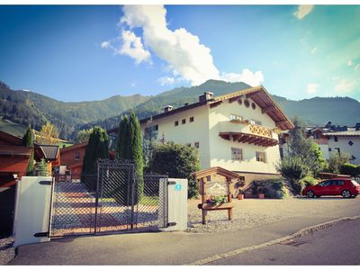 Photo for Chalet (4 Adults) - Free access to the VIP Tauern Spa