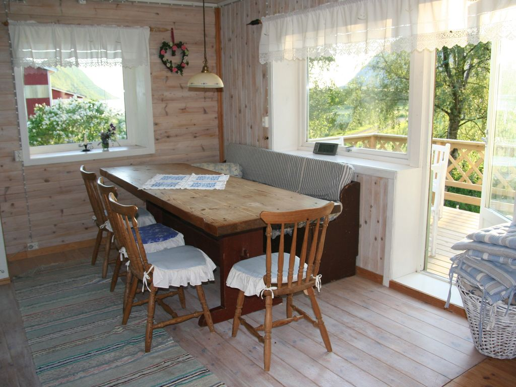 Idylllic norwegian farmhouse by the homeaway vg sciox Choice Image