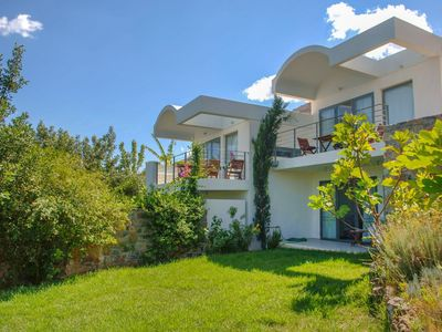 Photo for Beautiful private villa for 4 guests with A/C, pool, WIFI, TV, balcony and parking