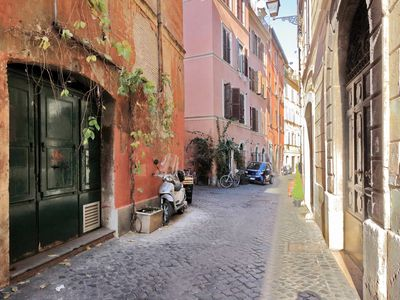 Photo for Charming, renovated 2bedroom apartment at vicolo delle grotte, at a stone throw from Campo di Fiori