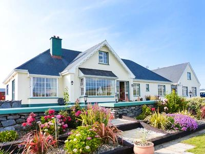 Photo for DONOUR LODGE, pet friendly in Fanore, County Clare, Ref 915132