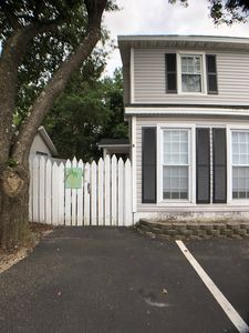 Photo for Fast owner reply time. Fenced and pet friendly. Low off season rates. Rare find!