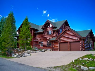 Photo for Spacious Mountain Retreat, w/ Stunning Views & Mins to 5+ World Class Skiing