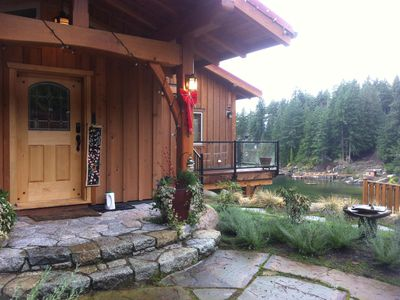 Photo for 4BR Cottage Vacation Rental in Sechelt, BC