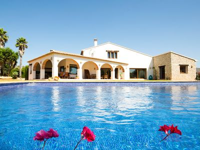 Photo for This 3-bedroom villa for up to 6 guests is located in Benissa and has a private swimming pool and Wi