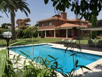 Perfect family retreat, beautiful villa with everything one could ask for, inside and out.