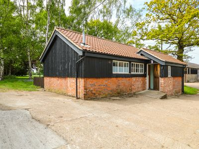 Photo for THE BULL PEN, pet friendly, with a garden in Eye, Ref 1004887