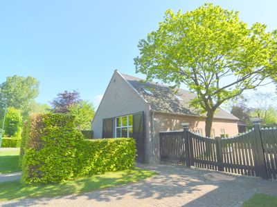 Photo for Spacious holiday home nearby the national park Loonse en Drunese Duinen