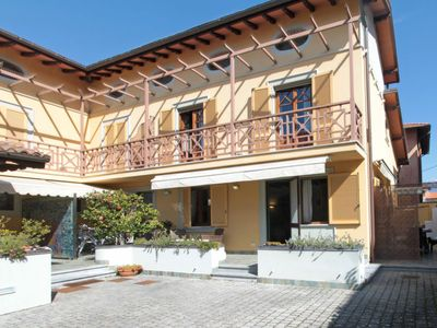 Photo for Vacation home La Conchiglia in Forte dei Marmi - 8 persons, 4 bedrooms