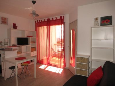 Photo for CARNON PLAGE studio with WIFI face port very equipped 4 people