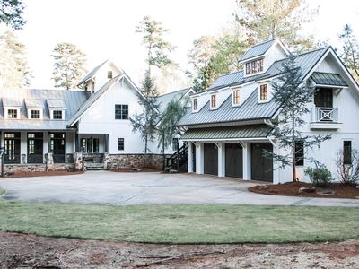 Photo for Unique Luxury Lakefront 5/BR/Pool/Guest House*on Lake Oconee