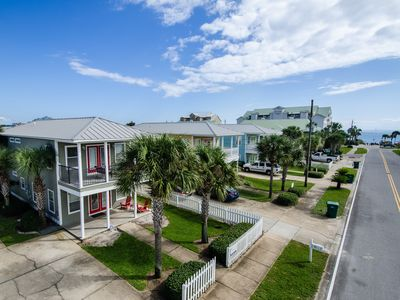 Photo for 1/2 Block to Beach, Golf Cart, 3 Masters+Bunks, Private Heated Pool, Dogs OK