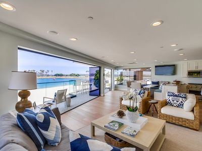 Avalon Bayfront by 710 Vacation Rentals | Relax (or WFH) in style, Fast WiFi