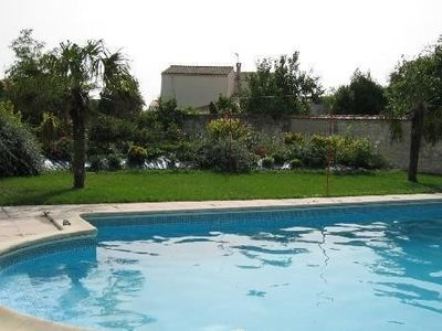 Photo for Nice family house with pool, 200m from the sea, close to La Rochelle