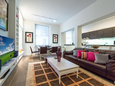 Photo for Fabulous spacious luxury apartment near Hyde Park - sleeps up to 6 people