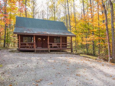 Photo for Cozy 2 bedroom, pet friendly cabin near Old Man's Cave!
