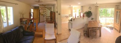 Photo for Villa (5 bedrooms + 8 sleeps) quiet 5 minutes walk from the train station or the city center