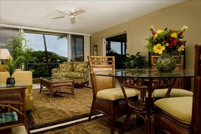 MKV Unit 408, spacious 1BR/1BA condo with plush furnishings