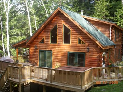 Private lakefront luxury log cabin with out homeaway for Vacation log homes