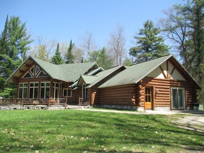 Come stay w/us in beautiful Northern Michigan on the manistee river !