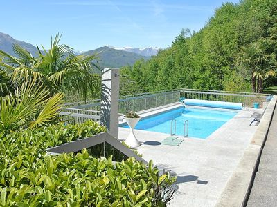 Photo for Apartment 1.4 km from the center of Lugano with Pool, Parking, Terrace, Balcony (48339)