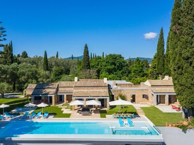 Photo for Luxurious private pool Villa with spectacular sea views