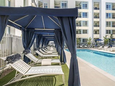 Photo for Deluxe Condo by Convention Center & Disneyland Parks 2Bedroom/2Bath
