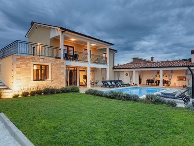 Photo for Spacious villa and property with private pool, sun terrace, trampoline near the UNESCO town of Porec