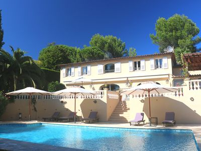 Photo for Luxury Villa with panoramic view near the medieval village of Valbonne