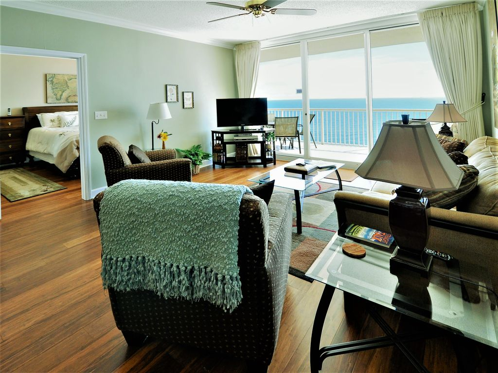 Beachfront 17th floor ultra 3 bdrm at homeaway gulf for 17th floor concert schedule
