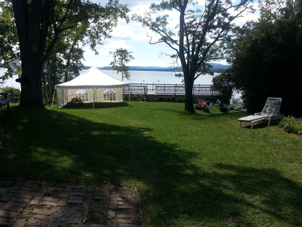 Guest and Event deck and rental available for 20x20 event tent! & VT VACATION PARADISE ON GORGEOUS LAKE CHAM... - VRBO