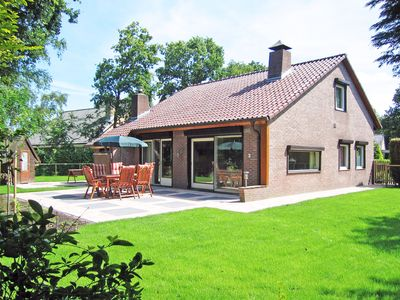 Photo for Modern, detached holiday home in Renesse, near the beach and center