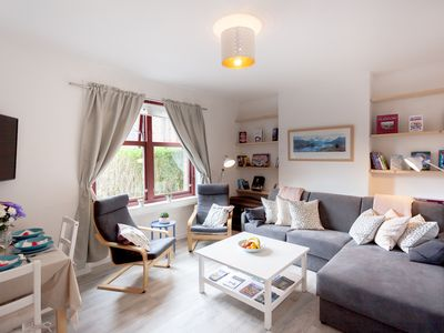Photo for Bright, spacious newly refurbished in Sunny Dennistoun. Fast wifi Smart UHD TV.