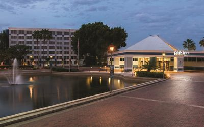 Photo for STUDIO FOR 4~ PARK INN BY RADISSON~ LOCATED AT THE MAINGATE! GREAT VIEWS & POOLS