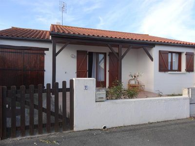 Photo for House for four people to FAULT ON SEA, South Vendée, microclimate. (Pets allowed)
