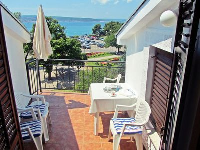 Photo for Holiday apartment with air conditioning and sea views in the city center