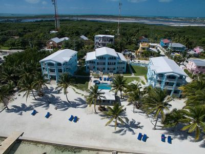 Photo for 💍WEDDINGS/⛵️REUNIONS/🍾EVENTS - 25 Beachfront Rooms (11 Condos and a Casita)