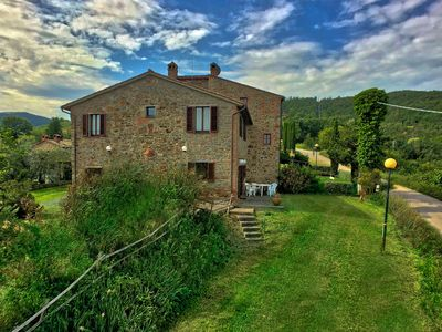 Photo for Plenty to enjoy at this comfortable, rural property in the heart of Italy