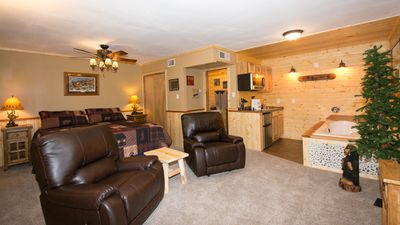 """Photo for Upper Canyon Inn & Cabins - """"Lodge 8"""" - Romantic Whirlpool Suite with Fireplace"""