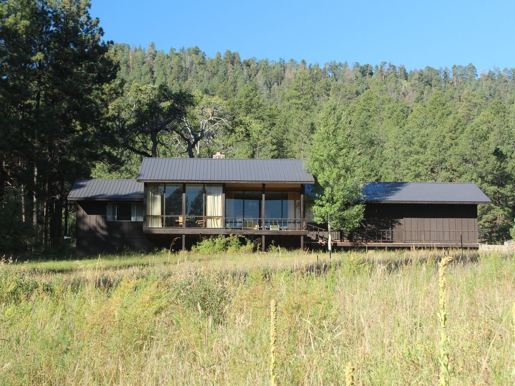 cabins az cabinspring cabin johnson and greer in hotel river about rentals retreat