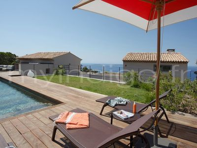 Photo for Villa architect sea view and pool in the heights of Rayol
