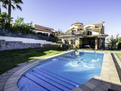 Photo for House near the Sierra and Granada with pool