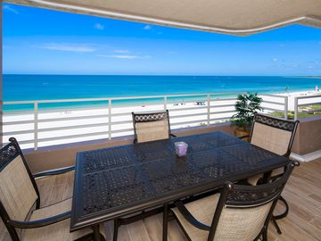 Completely Remodeled Beach Front Unit
