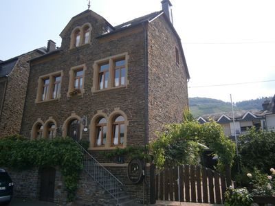 Photo for Apartment directly on the Moselle (Neef)