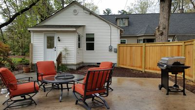 Photo for Charming 2BR Guest Suite☆800 ☆Private Entry☆Patio☆Prime Location☆Family Fun